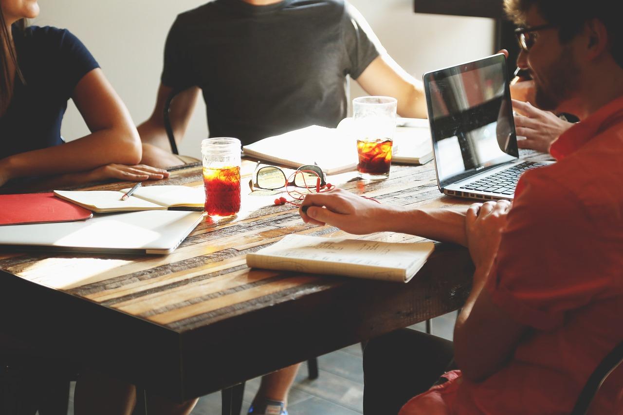 pertemuan, brainstorming, bisnis-594091.jpg